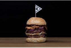 """Vakariņas burgeru restorānā """"Le Butcher"""" Viļņā"""