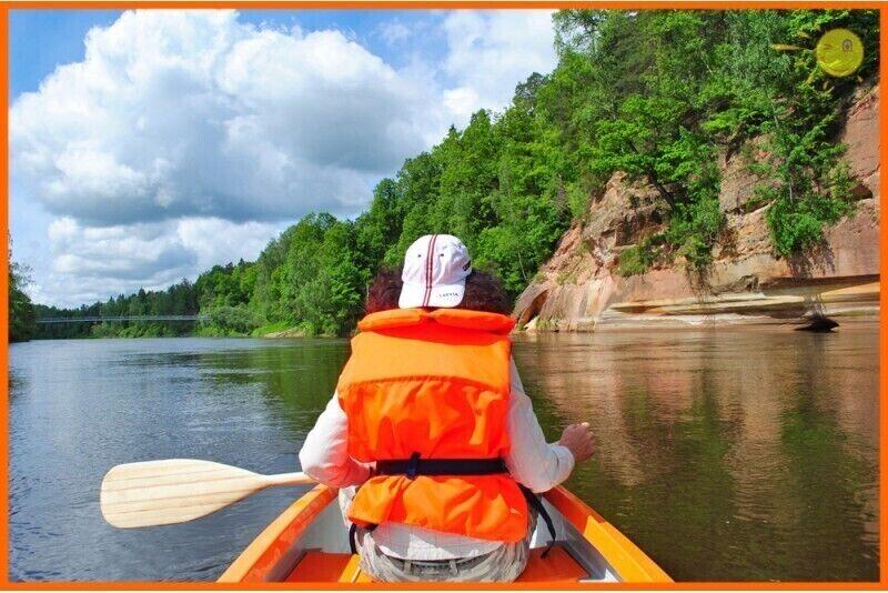 2 stundu garš, relaksējošs kanoe brauciens un nakšņošana 2 personām