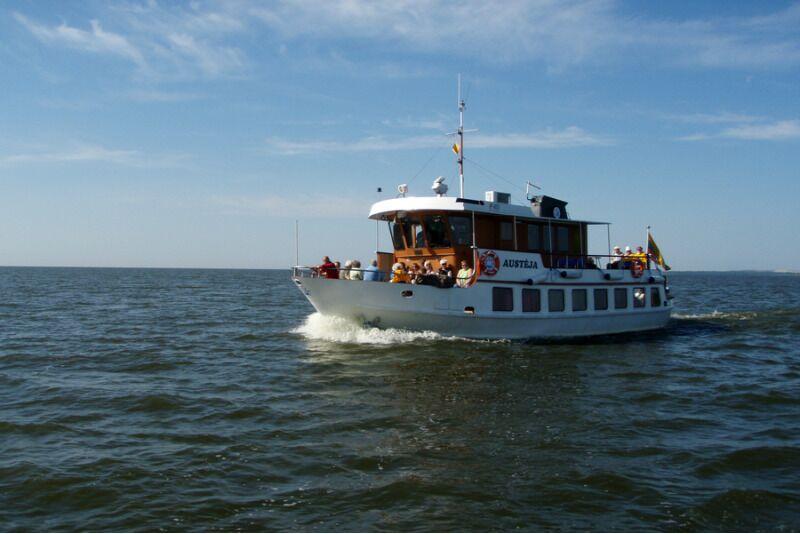 Laivu brauciens no Nidas līdz Ventes ragam dviem