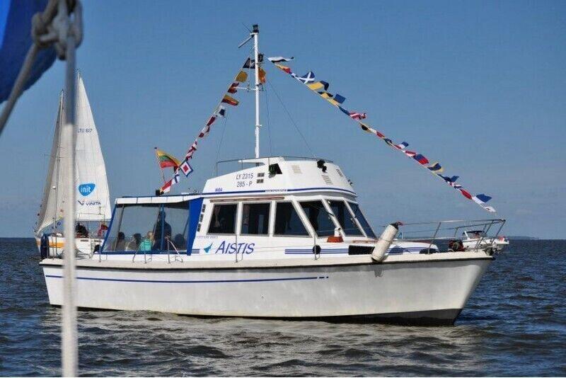 """Romantisks brauciens ar kuģīti """"Aistis"""""""