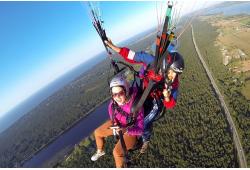 Ознакомительный полёт на параплане в тандеме с инструктором на высоте до 500 метров.