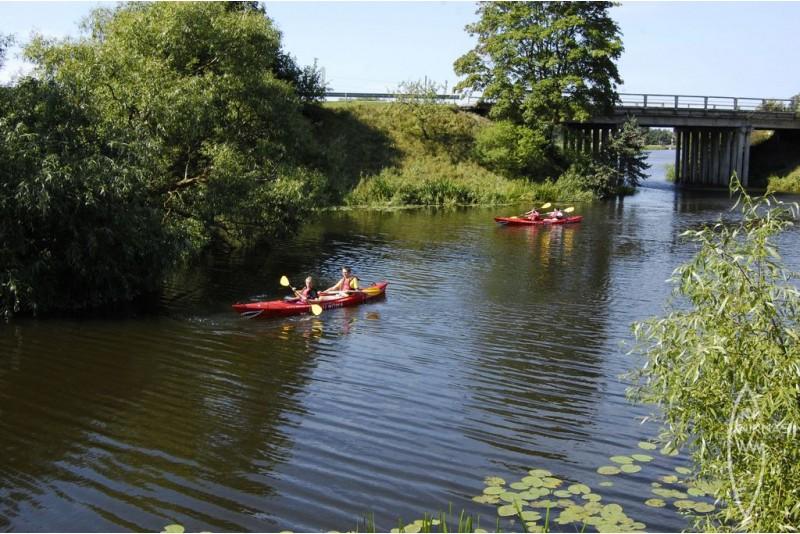 Dienas brauciens pa Bārtas upi 6 personām