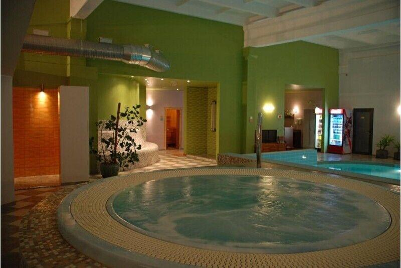Посещение СПА центра и бассейна для семьи