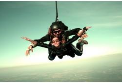 """Прыжок с парашютом """"тандеме"""" с инструктором , высота 3000 м"""