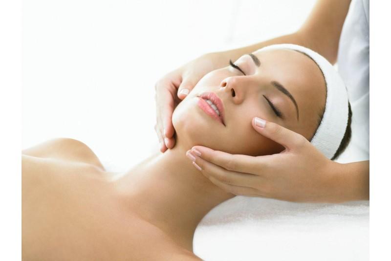 Классический массаж лица с аромамаслами