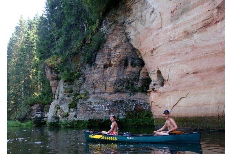 Brauciens ar kanoe vai kajaku