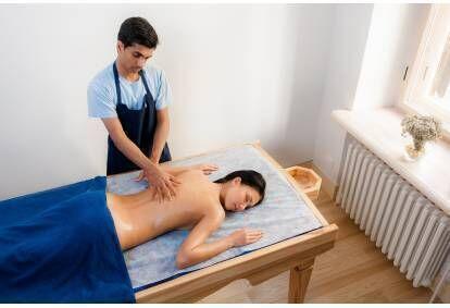 Urdva kaya raksha – антистрессовый массаж