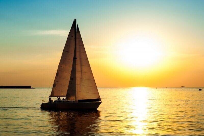 Романтическая ознакомительная прогулка на яхте по Куршскому заливу