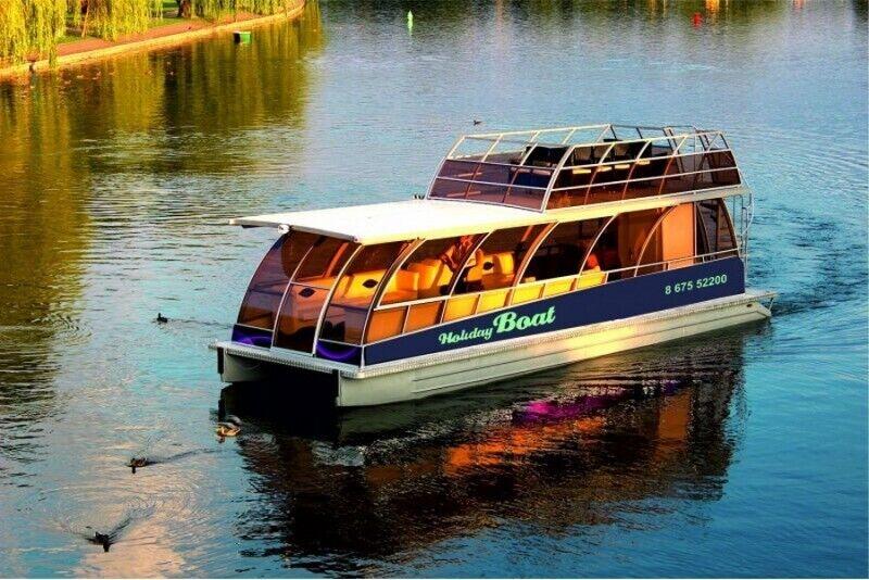 """Познай красоту Тракайского озера вместе с """"Holiday-boat"""""""