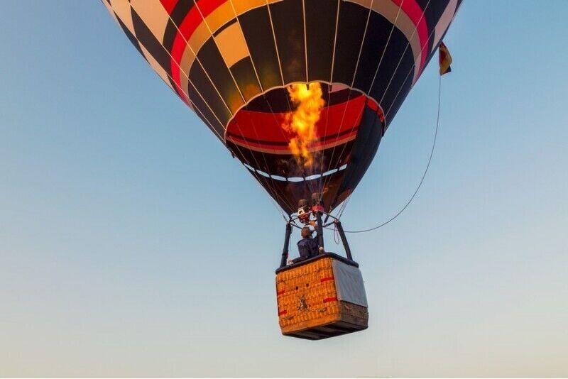 Aizraujošs lidojums ar gaisa balonu Cēsīs