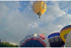 Skrydis oro balionu Marijampolėje