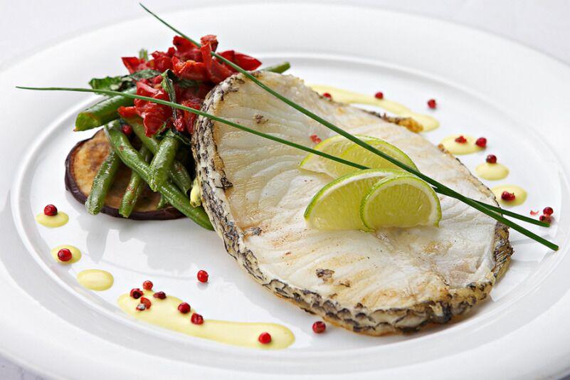 """Vakariņas ekskluzīvā zivju restorānā """"Žuvinė"""""""