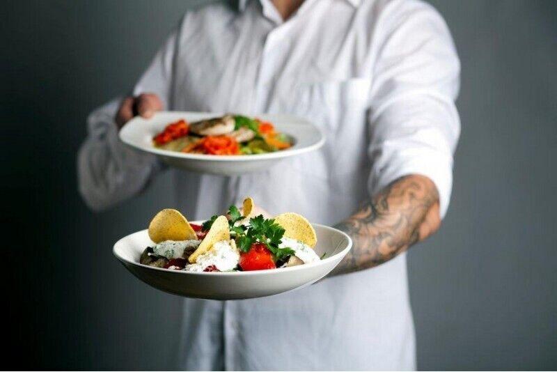 """Gardēžu vakariņas salātu restorānā """"Mano guru""""  Viļņā"""
