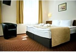 """Romantiška nakvynė dviems """"Memel Hotel"""" viešbutyje"""