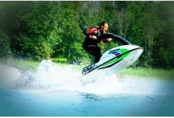 Pasiplaukiojimas vandens motociklu Molėtuose (30 min.)