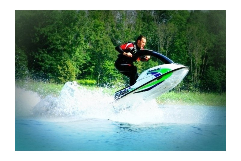 Ūdens motocikla izklaide (30 min.)