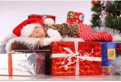 """Ziemassvētku fotosesija studijā """"All Friends Studio"""" Rīgā"""