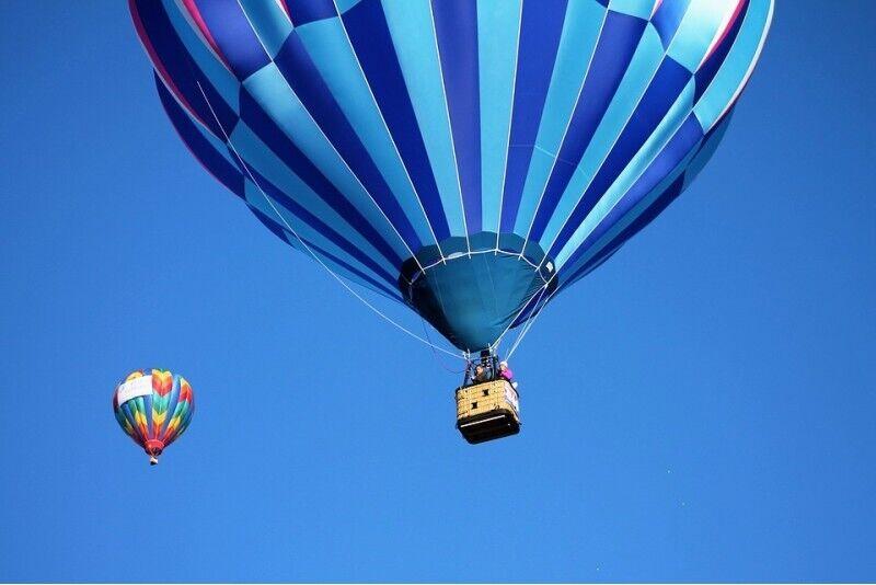 Aizraujošs lidojums ar gaisa balonu Siguldā