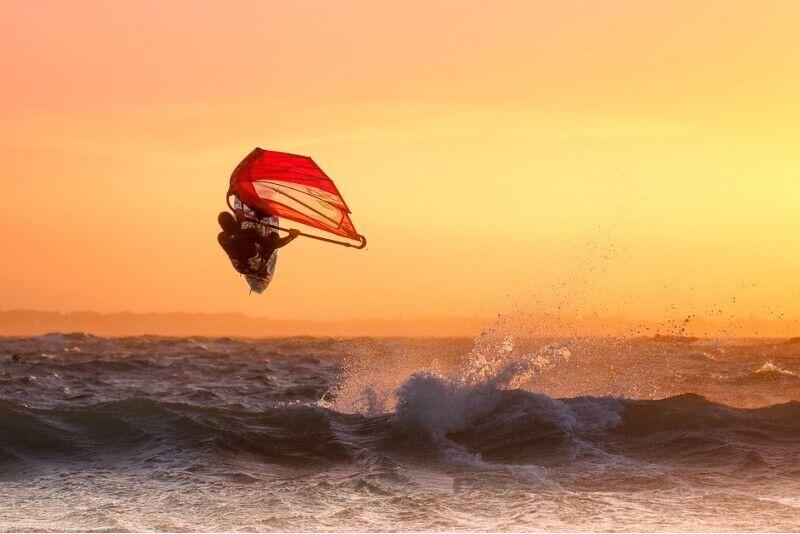 Profesionāla vindsērfinga instruktāža un noma pie Latvijas čempiona