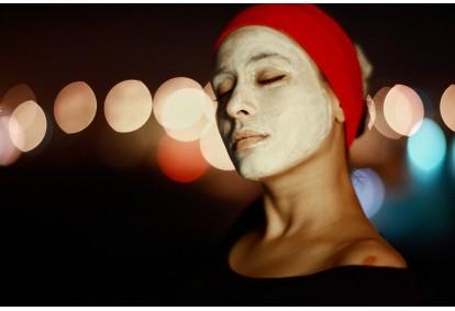Atjaunojoša pirovīnogskābes pīlinga procedūra sejai MESOESTETIC + restaurējoša maska KIRO Cosmetics Rīgā
