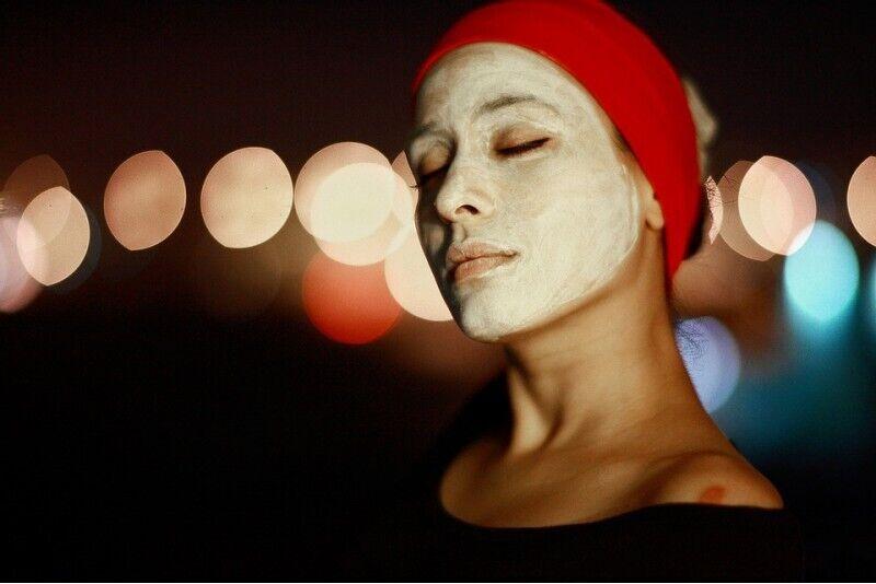 Atjaunojoša pirovīnogskābes pīlinga procedūra sejai + restaurējoša maska
