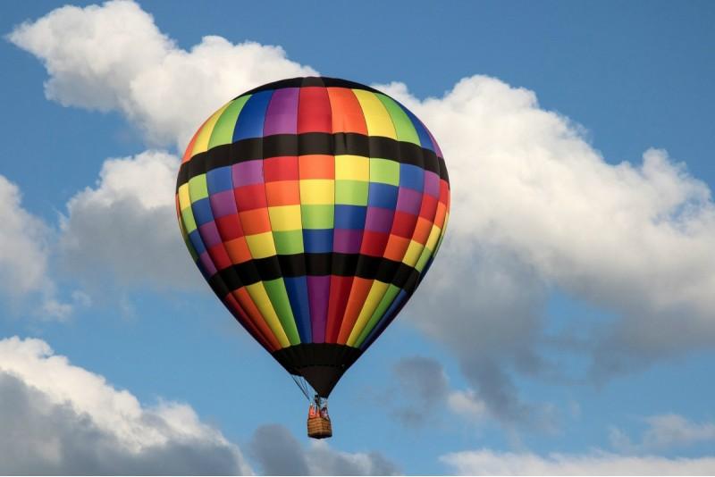 Lidojums ar gaisa balonu ziemā Saldū – Ziemā tuvāk saulei