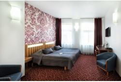 """Romantiska nakšņošana divatā ar atpūtu saunā 4* viesnīcā """"City Hotel TEATER"""""""
