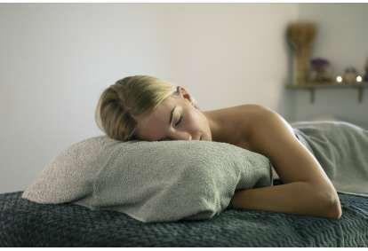 Расслабляющий массаж всего тела + ПОДАРОК в массажном доме в Вильнюсе