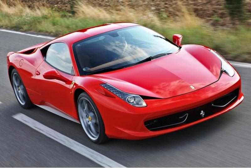 Поездка на Ferrari 458 Italia  по гоночной трассе на пассажирском сидении