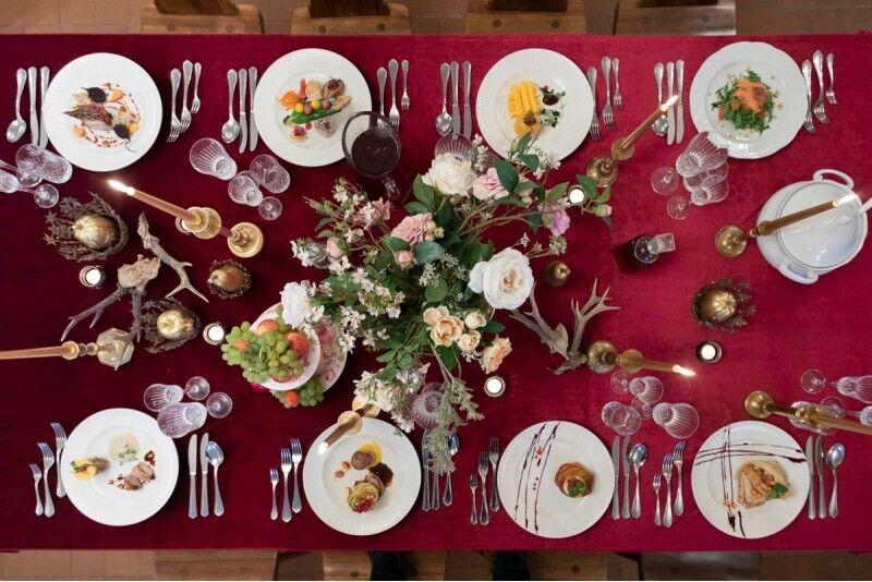 """Дегустационный ужин в стиле 18 века в Рундальском  дворце в кафе """"Ozollāde"""""""