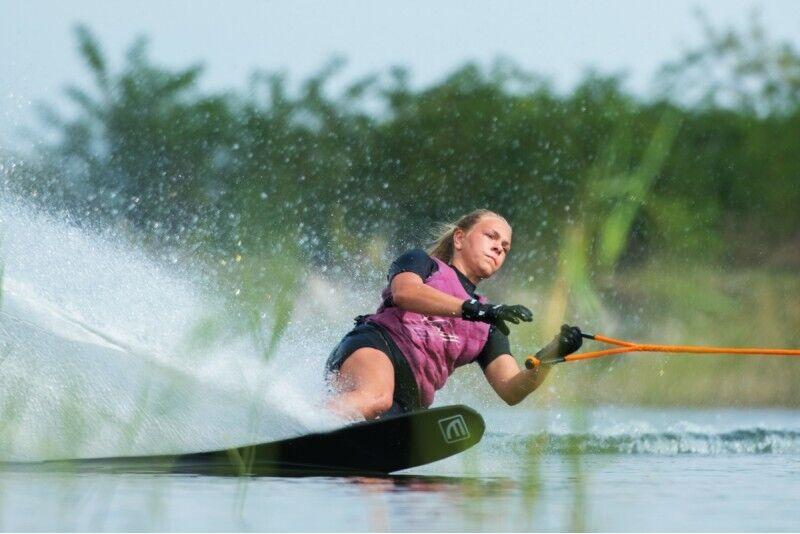 Aizraujošs izbrauciens ar ūdens slēpēm no Ski & Wake Jurmala