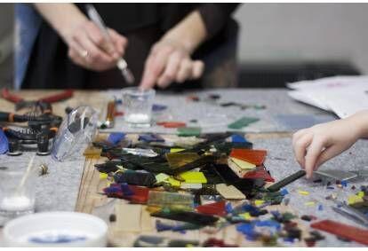 Stikla rotu radošās darbnīcas apmeklējums un meistarklase Rīgā