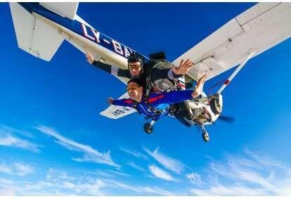 Тандем-прыжок с парашютом в Клайпеде