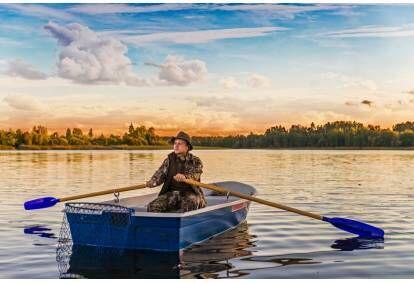 "Захватывающее катание на лодках по озерам и рекам в Лудзе от ""Atpūta Ludzā"""