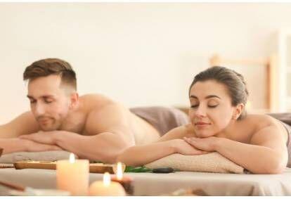 """Relaksējoša visa ķermeņa masāža pārim salonā """"NEVI"""" Rīgā"""