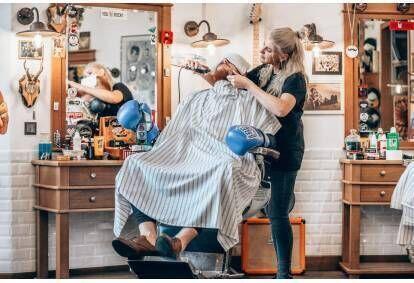 Profesionāla bārdas korekcija Knockout Barber Shop Jelgavā