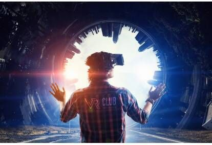 """Iepazīšanās programma """"Pirmā pieredze"""" ar virtuālo realitāti divām personām"""