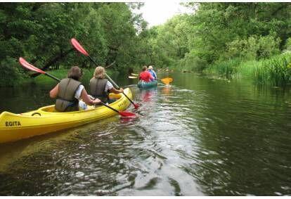 Aizraujošs piedzīvojums ar smailītēm vai kanoe laivām pa Dubnas upi
