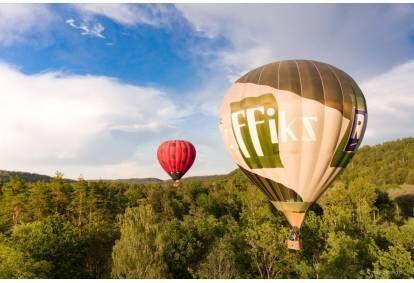 """Полет на воздушном шаре в Сигулде от """"GaisaBaloni.lv"""" с пересадкой из Риги"""