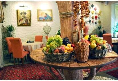 """Подарочная карта в ресторан узбекской кухни """"Uzbekistāna"""" в Юрмале"""